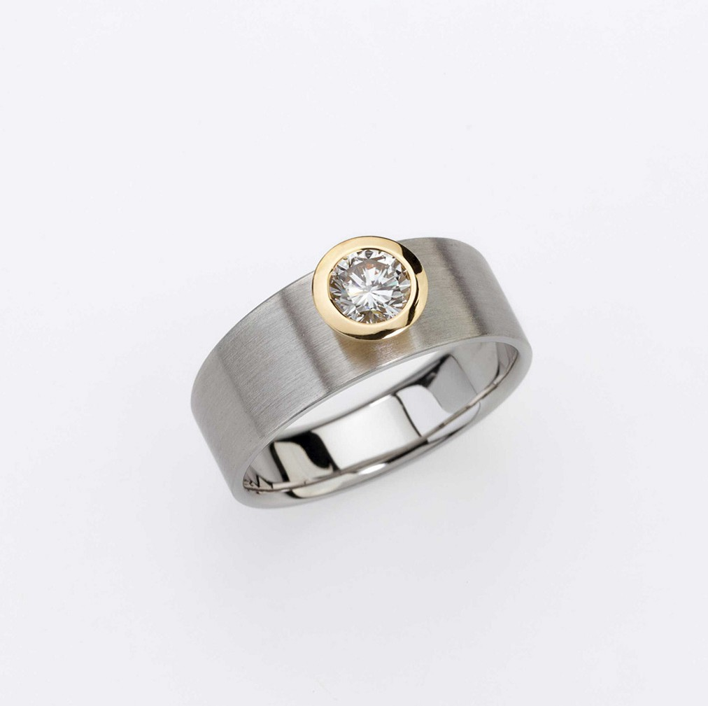 Ring Platinum 950/- Gold 750/- 1 Diamond - brilliant cut tw-vs 0,55ct