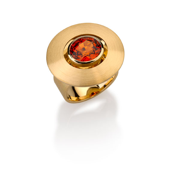 Ring Gold 750/- 1 Garnet mandarin 4,69ct