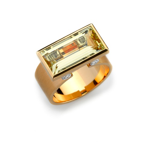 Ring Gold 750/-, Platinum 950/- 1 Beryl 5,92ct 4 Diamonds - brilliant cut 0,12ct