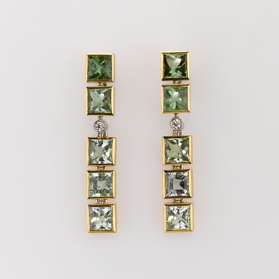 Earrings Gold 750/-, Platinum 950/- 10 Tourmalines 2 Diamonds - brilliant cut
