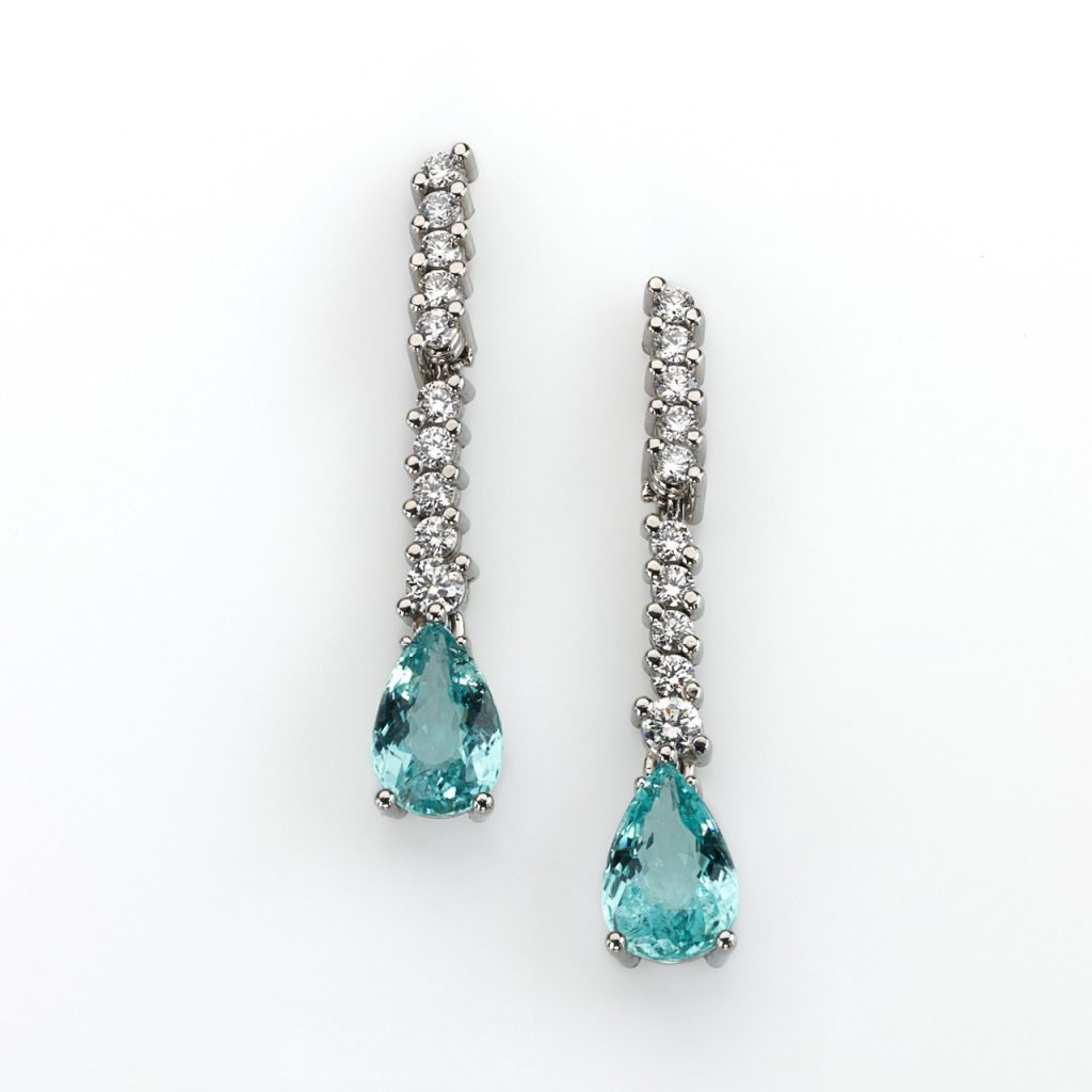 Earrings - Platinum 950/- 2 Paraiba-Tourmalines 3,29ct 20 Diamonds brilliant cut 0,66ct