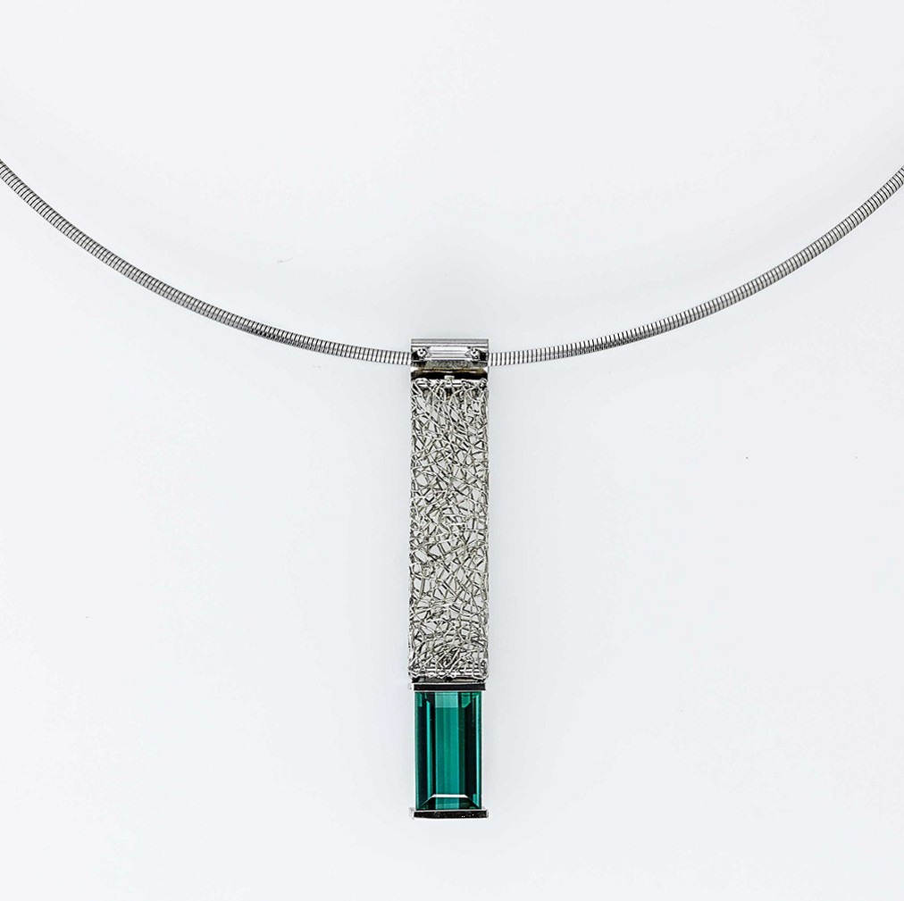 Pendant Platinum 950/- 1 Tourmaline 3,512ct 1 Diamond-Baguette 0,132ct