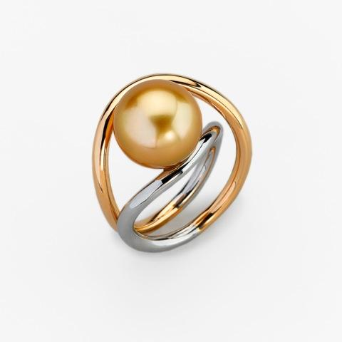 Ring Gold 750/-, Platinum 950/- Tahitian pearl, golden color