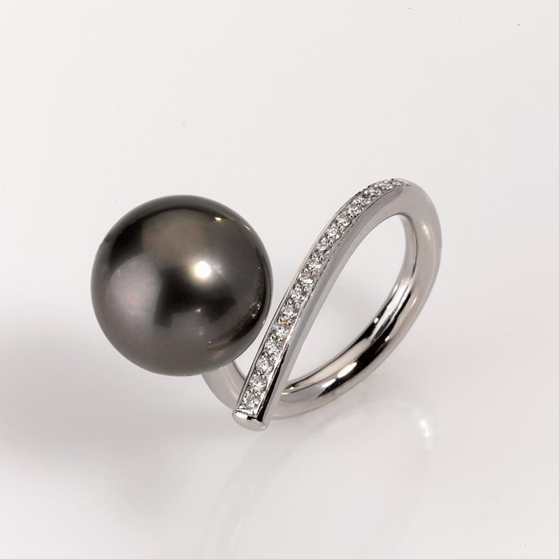 Ring Platin 950/- 1 Tahiti-Südseeperle Brillanten