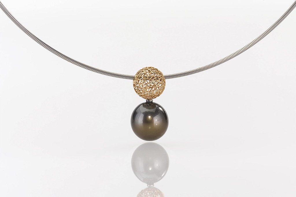 Pendant Gold 750/- 1 Tahitian - south sea pearl