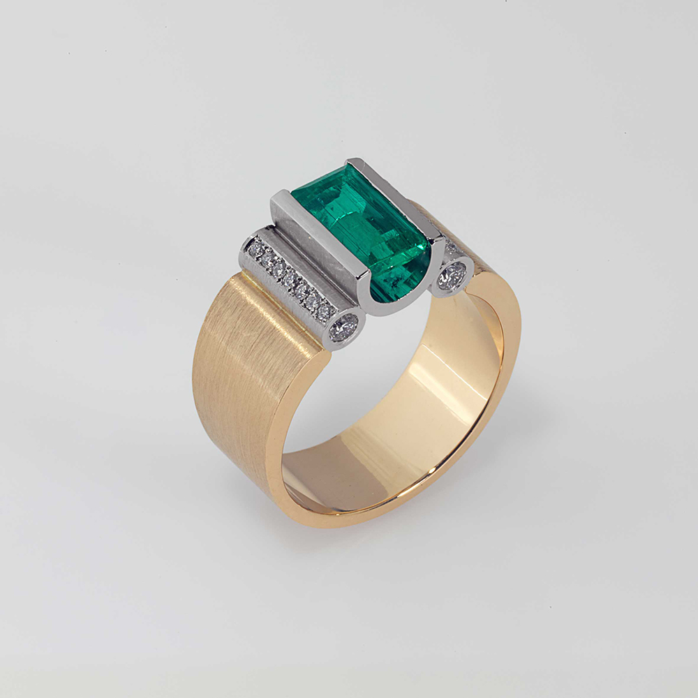Ring Platin 950/- Gold 750/- 1 Smaragd 1,33ct 18 Brillanten 0,32ct