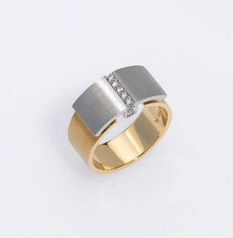 Ring Platinum 950/-, Gold 750/- 9 Diamonds - brilliant cut