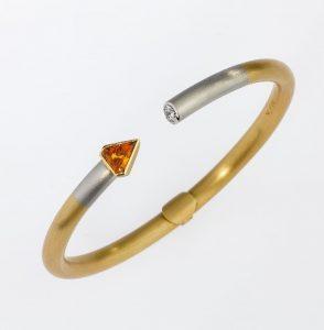 Bracelet Gold 750/-, Platinum 950/- Sapphire / brilliant